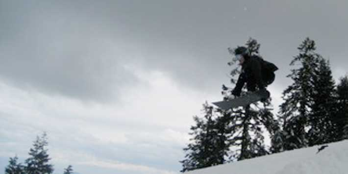 Blaise down in Oregon wears the gear and does Frontside 180 nose grabs warmly.
